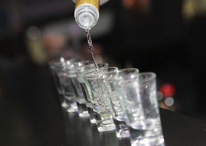 איך לשתות וודקה
